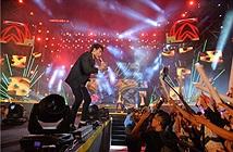 Hàng chục nghìn khán giả tham dự Đại nhạc hội Viettel tại phố đi bộ Nguyễn Huệ