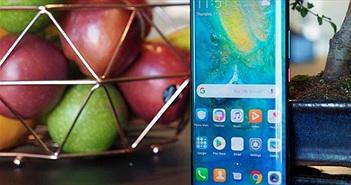 """""""Choáng"""" với màn hình Mate 30 Pro, chất không kém Galaxy S10"""