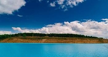 Khám phá hồ nước đẹp nghẹt thở, chứa sự thực chết người...