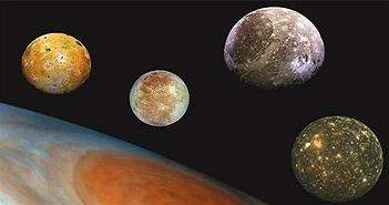Bằng chứng bất ngờ về 3 Mặt trăng khổng lồ có thể đầy sự sống