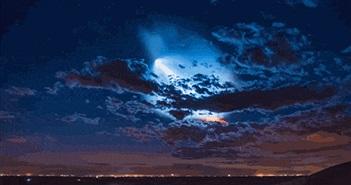 [Video timelapse] Theo dõi màn phóng và hạ cánh rực sáng cả bầu trời đêm của tên lửa SpaceX Falcon 9