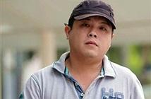 Chủ cửa hàng lừa khách Việt mua iPhone nhận 12 tội danh