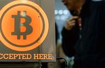 Bitcoin lập kỷ lục mới gần 8.000 USD