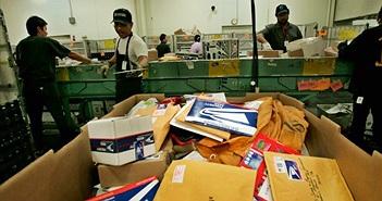 """Đến lượt dịch vụ bưu chính Mỹ nói """"không"""" với hoverboard"""