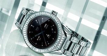 Cận cảnh chiếc smartwatch phủ kim cương đắt nhất thế giới