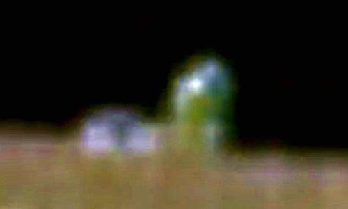 Xôn xao hình ảnh nhà phát quang trên Mặt trăng