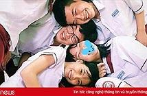 Giới trẻ Việt rộ trào lưu gác đầu lên nhau chụp ảnh nhóm hài hước