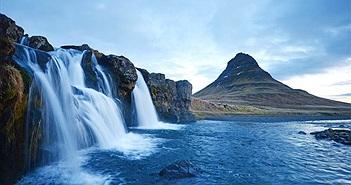 Choáng váng thác nước chống trọng lực, nước chảy ngược từ dưới lên trời