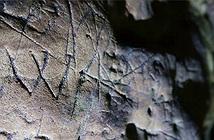 Hang động lâu đời nhất nước Anh được bao phủ với các dấu hiệu của phù thuỷ