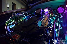 Chi 180.000 USD để mang bộ PC hàng khủng lên Audi S7 thoả mãn nhu cầu lên núi chơi PUBG
