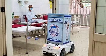 Thừa Thiên Huế: Robot phục vụ bệnh nhân phòng chống dịch Covid-19