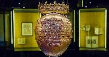 Trái tim của nữ hoàng Pháp thế kỷ 16 bị đánh cắp