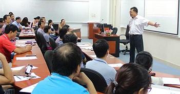 Học về chiến lược cạnh tranh cùng Chủ tịch FPT Software Hoàng Nam Tiến