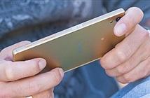 Bạn thích điện thoại mặt lưng bóng hay nhám?