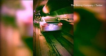Elon Musk khoe xe điện chạy xuyên đường hầm dưới Los Angeles