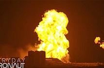 Tên lửa thử nghiệm của SpaceX bốc cháy trên bệ phóng