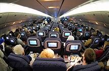Hành động nào khiến bạn bị phạt khi đi máy bay?