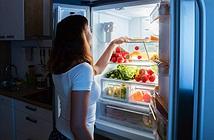 Mẹ tịch thu điện thoại, cô bé lên mạng bằng... tủ lạnh