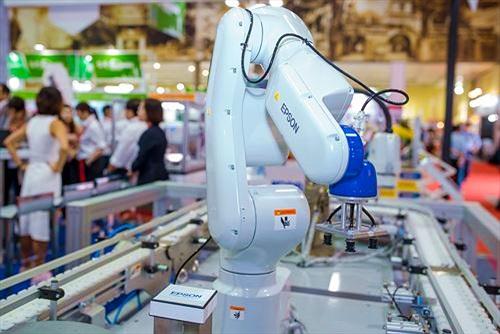 Epson lần đầu giới thiệu các giải pháp Robot công nghiệp tại Việt Nam