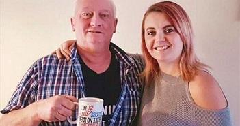 Chuyện lạ hôm nay: Cha uống sữa của con gái và sự thật cảm động