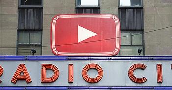 Chủ kênh đốt tiền mua view, YouTube cũng không đếm
