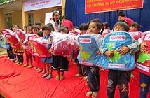 """Hành trình """"Canon – Vì thế hệ tương lai"""" đến Lào Cai"""
