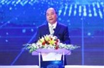 Thủ tướng kêu gọi học tập và sáng tạo không ngừng tại lễ trao NTĐV 2017