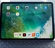 Xót xa nhìn iPad Pro bị bẻ cong không thương tiếc
