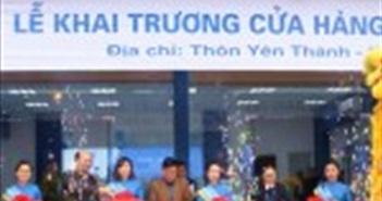 VinaPhone khai trương cửa hàng giao dịch mới ở Ba Vì