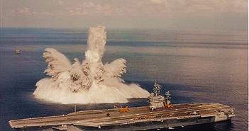 [ẢNH HIẾM] Dùng bom để thử nghiệm... tàu sân bay