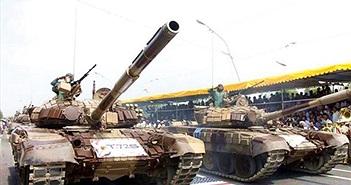"""Quân đội Iran và Ả Rập Xê-út: """"Kẻ tám lạng, người nửa cân"""""""