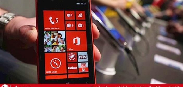 """Microsoft tung đòn """"kết liễu"""" Windows Phone"""