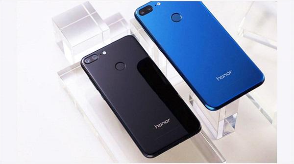 """""""Tân binh"""" smartphone Honor """"cháy hàng"""" trong đợt flash sale đầu tiên tại Việt Nam"""