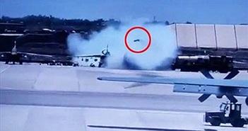 Tiêm kích Su-25 đang đậu bất ngờ phóng tên lửa khiến 4 người chết
