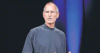 """Bán đấu giá """"Đơn xin việc của huyền thoại Steve Jobs"""" gần 5 tỷ đồng"""