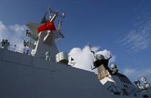 Mỹ cứng rắn ở Biển Đông, TQ hung hăng khoe tàu chiến ở ĐNÁ