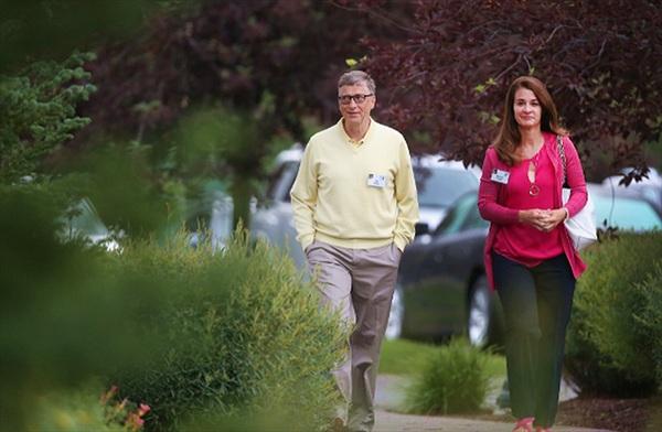 Bill Gates từng tiếp cận nhiều phụ nữ tại Microsoft ?