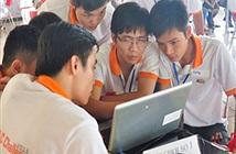 Hơn 200 sinh viên cùng trải nghiệm công nghệ S.M.A.C