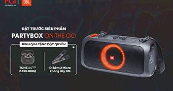 """Đặt trước loa JBL PartyBox On-The-Go """"rinh"""" cặp mic không dây và tai nghe true wireless"""