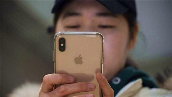 Bán iPhone cũ để 'lên đời', cô gái dính bẫy lừa kinh điển