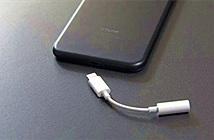 Từ việc cắt bỏ củ sạc nhanh lộ ra bộ mặt thật của Apple