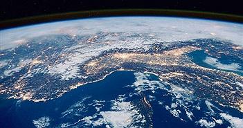 Trái Đất quay 1.657km/h, tại sao chúng ta không cảm nhận được?