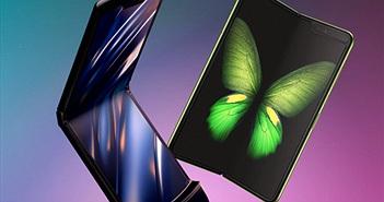Samsung Galaxy Fold vs Motorola Razr: tương lai và hoài niệm