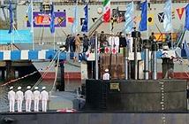 """Đáng gờm sức mạnh của hạm đội tàu ngầm """"made in Iran"""""""