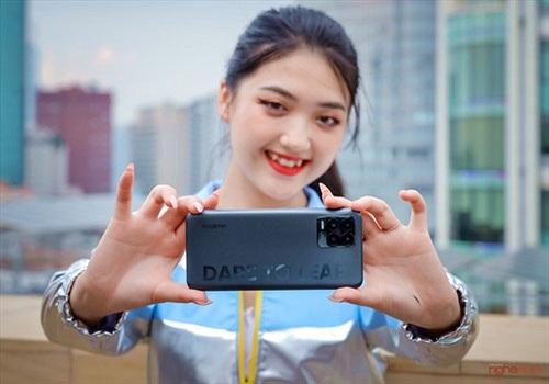 Trên tay realme 8 Pro tại Việt Nam: thiết kế trẻ trung, camera 108MP, nhiều chế độ độc đáo