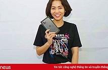 iPhone ngày đầu về Việt Nam nhỏ giọt