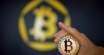 Bitcoin phá giá kỷ lục 8.000 USD