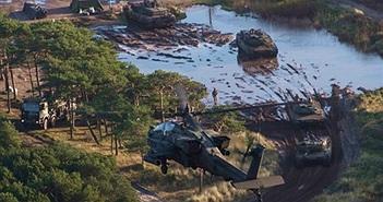 """Mục kích kho vũ khí """"khủng"""" Mỹ, NATO tập trận gần Nga"""