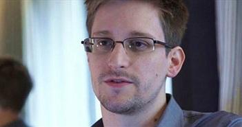"""Edward Snowden """"chê"""" iPhone vì thiếu bảo mật"""