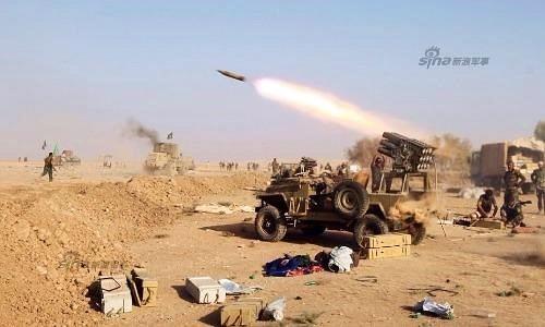 """Dàn vũ khí Quân đội Irad đang """"vùi dập"""" phiến quân IS"""